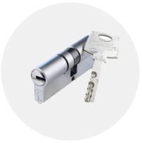 Mul-T-Lock Interactive Plus for large master key suites