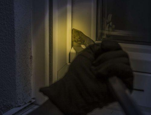 5 Reasons to Install a Burglar Alarm